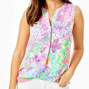 NWT Stacey top in Paradise Found